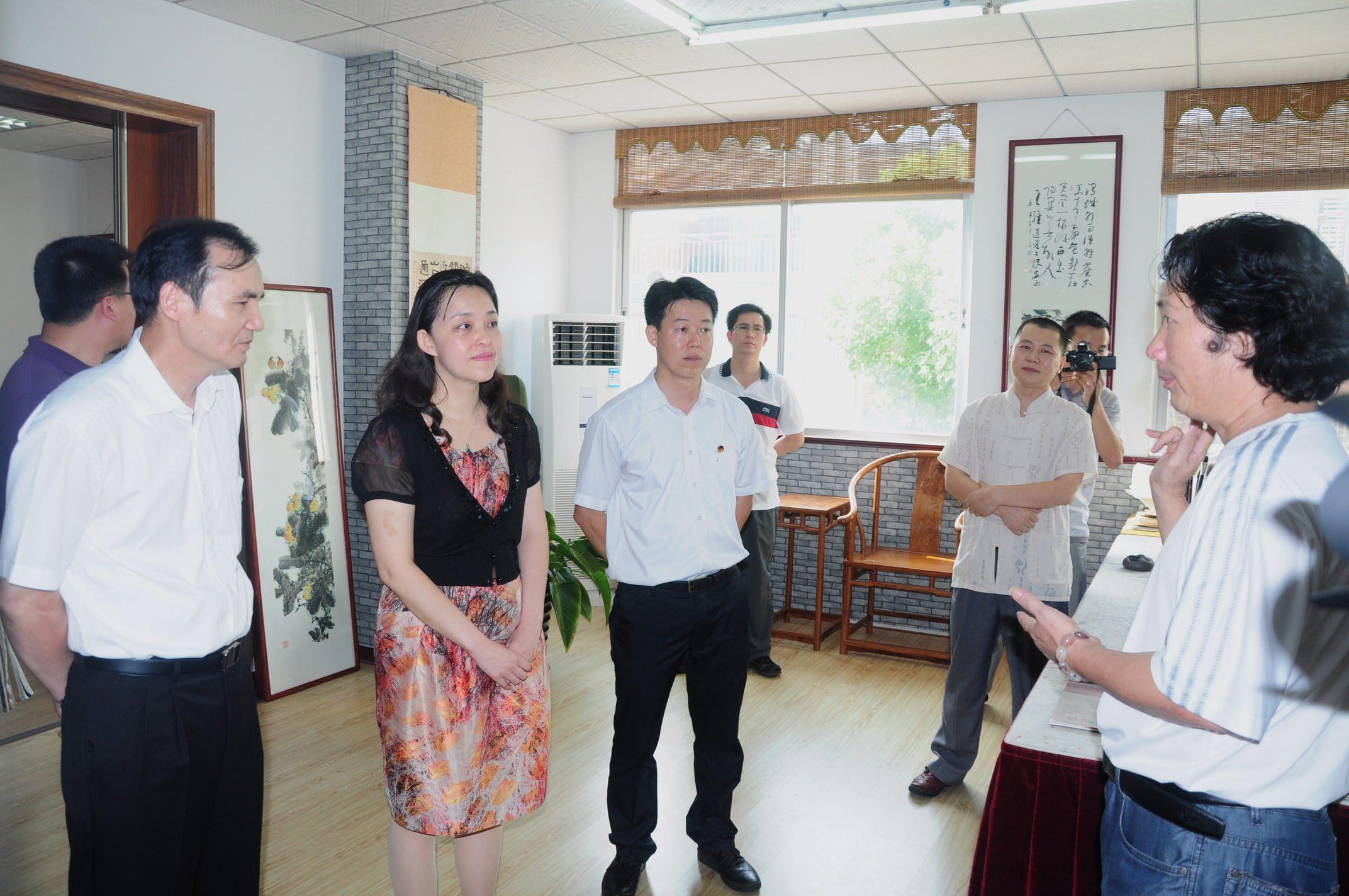 阳江调研构建枢纽型组织和农村团建工作--广东共青团; 知名古代书法家图片