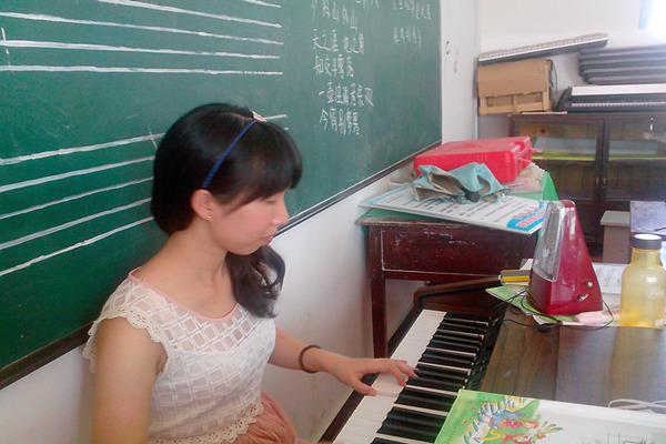 【湛江师院】隐形的年级--记仓坪翅膀四小学音乐课小学陈村广州图片