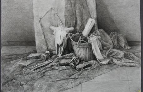 美学1班梁国世同学画的全因素静物素描作品,无论是空间关系还是黑白灰