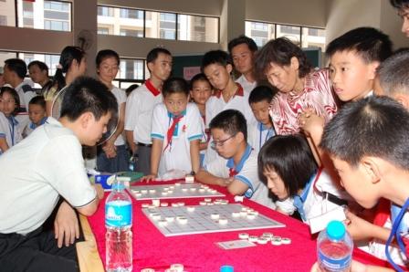 许银川象棋�:-f����,,_少年象棋爱好者与中国象棋大师许银川直接对话——
